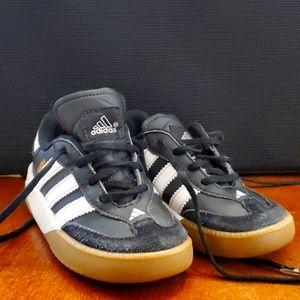 Toddler Adidas Sneakers b&w